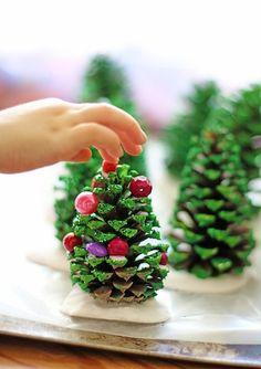christmas crafts, kids diy, pine cone, christma tree, diy craft, tree crafts, cone christma, kid crafts, christmas trees