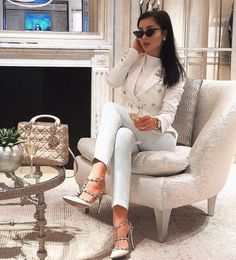 Luxury Lifestyle Fashion, Luxury Fashion, Home Shooting, Outfits Mujer, Elegant Outfit, Classy Women, Mode Style, Fashion Outfits, Womens Fashion