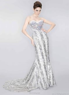 Diamond in the rough is lookin' so sparkly – gorgeous strapless gown with blinged out bodice.