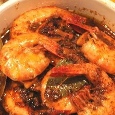 Prepare your tastebuds, New Orleans style BBQ Shrimp! Best recipe ever. this is the best thing I have tasted in a long time.Double click the picture for the recipe. Shrimp Sauce Recipes, Cajun Recipes, Seafood Recipes, Dinner Recipes, Cooking Recipes, Cajun Food, Louisiana Recipes, Haitian Recipes, Prawn Recipes
