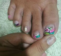 Toe Nail Art, Toe Nails, Magic Nails, Toe Nail Designs, Veronica, Hair Styles, Fingernails Painted, Pretty Toe Nails, Short Nail Manicure