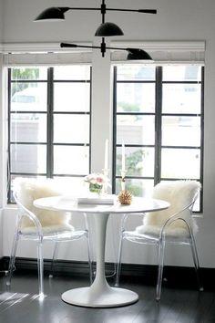 white tulip table wi