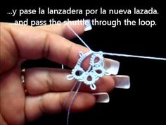 ▶ Frivolite-Tatting Lesson 39 - Cerrar una flor - Closing a flower - including folded join - YouTube