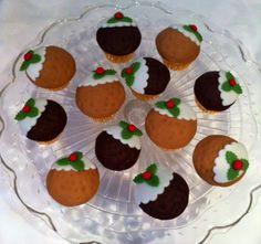 Christmas Pud mini cupcakes