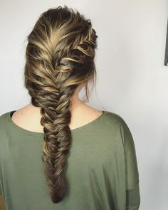 23 Cute Prom Hairstyles For 2019 Updos Braids Half Ups Down Dos- pretty hairstyles for homecoming pretty hairstyles for graduation Cute Prom Hairstyles, Braided Hairstyles Updo, Formal Hairstyles, Cute Hairstyles, Updos, Mexican Hairstyles, Prom Hair Medium, Medium Hair Styles, Curly Hair Styles