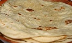 Surinaams eten!: Surinaamse recepten: 2 basisrecepten om goede Surinaamse roti te maken! roti