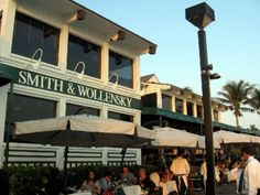 Smith and Wollensky- Located on the beautiful Miami Beach waterfront where Chef Dana Brizee creates outstanding steakhouse fare, the restaurant features USDA Prime steaks, dry aged and butchered on-premise. Our dining rooms blend fun and formality with indoor and outdoor seating available with a bustling bar scene.