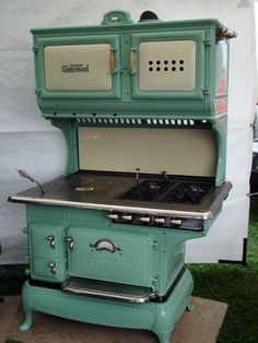 Vintage cook stove by Glenwood. Looks like wood & gas (or maybe coal & gas.)
