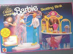#7457 ICE CAPADES BARBIE SKATING RINK  PLAY SET    (c) 1990