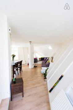 Bekijk deze fantastische advertentie op Airbnb: Cubehouse in centre of Rotterdam - Appartementen te Huur