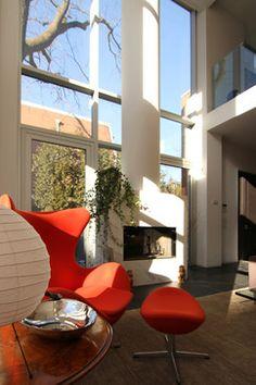 Photo: Susan Armstrong © 2013 Houzz - modern - living room - toronto - Nice window
