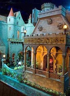Colleen Moore's Fairy Tale Castle Doll House from the Chicago Museum of Science and Industry. 1 of 4 views. DollShopsUnited #doll #house