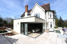 KELLER minimal windows® have been used to create an indoor-outdoor living space for this beautiful family home in Berkshire. Indoor Outdoor Living, Outdoor Living Areas, Living Spaces, Living Room, Garden Room Extensions, House Extensions, Sliding Patio Doors, Sliding Glass Door, Glass Doors