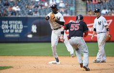 New York Yankees shortstop Didi Gregorius forces out