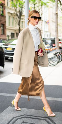 Rosie Huntington-Whiteley stepped out looking effortlessly polished in a funnel neck blouse, silky skirt, tan blazer, and dainty heels. # Casual Outfits office christian louboutin Look of the Day Latest Outfits, Mode Outfits, Fashion Outfits, Womens Fashion, Fashion Tips, Fashion Trends, Ladies Fashion, Stylish Outfits, Christian Dior Couture