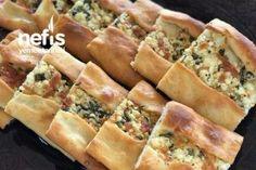 Kıymalı Puf Pide – Nefis Yemek Tarifleri Hot Dog Buns, Hot Dogs, Spanakopita, Pizza, Bread, Breakfast, Ethnic Recipes, Food, Cases