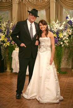 Lily Aldrin (How I Met Your Mother) | Community Post: 28 Of The Most Memorable TV Wedding Dresses Ever