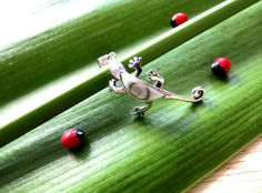 MSS:PS213   Super Cute 925 Sterling Silver by MrsShellsandSilver