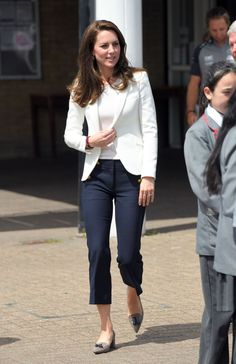 Nautical Cool June 16, 2017 — The Duchess kept things perfectly nautical during a marine-themed roadshow hosted by 1851 Trust. She wore a tailored white blazer from Zara and cropped sailor pants from J.Crew (which are sold out, but you can find a similar style here). She completed her look with a pair of tweed heels, also from J.Crew.