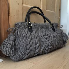Hand knitted chunky cable Aran bag, with tassels & real leather handles. Crochet Shoes Pattern, Shoe Pattern, Leather Handbags Uk, Leather Purses, Diy Bags Purses, Diy Purse, Leather Handle, Real Leather, Best Purses