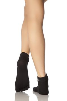 Mens and Ladies 1 Pair ToeSox Lightweight Full Toe Ankle Sports Socks In Black    SIZE 7