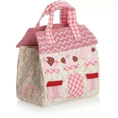 Shop vintage-inspired fashion from Powell Craft, including beautiful dresses, boys raincoats and baby clothing. Patchwork Bags, Quilted Bag, Diy Sac Pochette, My Bags, Purses And Bags, Powell Craft, Bag Patterns To Sew, Fabric Bags, Kids Bags