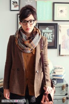layers of brown: wool plaid scarf, tweed jacket, ultrasuede shirt?. leather purse