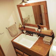 Bathroom/無印良品/ニトリ/名古屋モザイク/造作洗面台/アイアンタオルバー...などのインテリア実例 - 2017-03-10 07:56:51 | RoomClip (ルームクリップ)