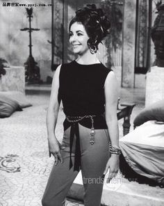 Elizabeth Taylor on set of Cleopatra