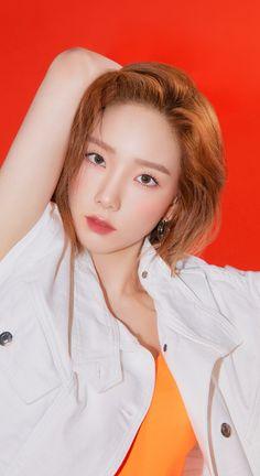 Kim Taeyeon Photoshoot For Look Magazine x Apieu Girls Generation, Girls' Generation Taeyeon, Celebrity Couple Costumes, Diy Couples Costumes, Celebrity Photos, Lee Hyori, Jeonju, Seohyun, Snsd