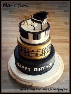 Piano / Klavier / Torte / Cake / music cake / Noten / notes / Musik Torte (Cake Fondant) Music Themed Cakes, Music Cakes, Cupcakes, Cupcake Cakes, Beautiful Cakes, Amazing Cakes, Bolo Musical, Super Torte, Piano Cakes