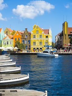 Willemstad, Curacao Just love that Green Sand Beach, Southern Caribbean, Willemstad, Seaside Towns, Beaches In The World, Paradise Island, Beach Town, Beautiful Islands, Vacation Trips