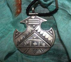 Tuareg Amulet with  Triangle Decoration Onyx by TuaregJewelry, €68.00