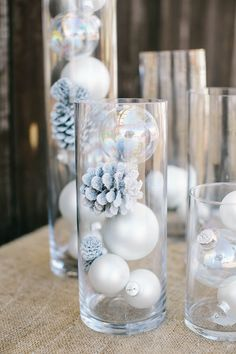 Winter Wonderland Baby Shower : Full Of Fun DIY Winter Decorating Ideas Winter has just begun and everybody is ready to welcome it by doing different decorations. Here are some beautiful diy winter decorating ideas for you to make your winter special. Winter Wonderland Decorations, Winter Wonderland Birthday, Easy Christmas Decorations, Winter Decorations, Christmas Centerpieces, Table Decorations, Centerpiece Ideas, Baby Shower Winter Wonderland, Christmas Tree Ideas