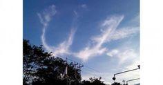#HeyUnik  Subhanallah, Awan di Langit Merapi Ini Berbentuk Lafaz 'Allah' #Alam #Fotografi #Misteri #YangUnikEmangAsyik