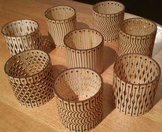 Diese Dateien ermöglicht es Ihnen, laser-schneiden Sie 8 verschiedene Arten von flexiblen Holz Armbänder aus massivem Sperrholz, MDF, Holz, Filz, Acryl, Leder, etc.. -Die Entwürfe können minimal geändert werden, um die Tassen oder andere zylindrische Gegenstände, wie Vasen oder Kerzenhalter schmücken. -Die Grenze ist Ihre Vorstellungskraft! -Die Zip-Datei enthält DXF & Adobe Illustrator-Dateien. -Die Proben in den Bildern wurden aus 1/8 Baltische Birkensperrholz geschnitten. -Wenn Si...