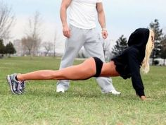 10 REASONS TO EXERCISE WITH A PERSONAL TRAINER.... and reasons (photo) my boyfriend will never be a trainer haha