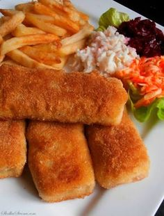 Hot Dog Buns, Hot Dogs, Polish Recipes, Bread, Chicken, Ethnic Recipes, Poland, Food, Eat Lunch
