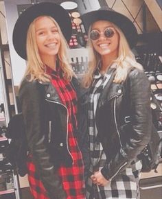 Lisa and Lena Musical.ly star ❤️