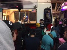 Police response to Portland anti-Trump protests shifts based on 'tenor and tone' each night | OregonLive.com