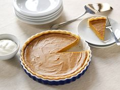 Maple Bourbon Sweet Potato Pie - #Thanksgiving #ThanksgivingFeast #Dessert
