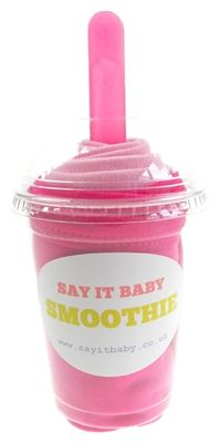 This baby bib smoothie is a fun and practical gift for a baby girl. It contains a set of 2 baby bibs made of 100% cotton - one hot pink bib,with a contrasting light bib. The smoothie comes complete with matching baby spoon, and is a fun but practical gift for any newborn.