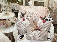 Penny's Vintage Home: Ticking Stripe Pillow Pumpkins