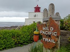 Hiking the Wild Pacific Trail in Ucluelet, Vancouver Island Beautiful Beach Sunset, Beautiful Beaches, Sunshine Coast, Victoria Vancouver Island, Half Moon Bay Camping, Machu Picchu Tours, West Coast Road Trip, Canadian Travel, Best Hikes