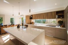 Mont Albert North - The Kitchen Design Centre Kitchen Room Design, Modern Kitchen Design, Home Decor Kitchen, Interior Design Kitchen, Home Kitchens, Kitchen Dining, Kitchen Benchtops, Kitchen Countertops, Mid Century Modern Kitchen