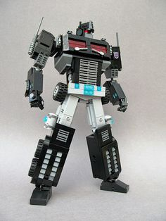 Nemesis Prime — BrickNerd - Your place for all things LEGO and the LEGO fan community Lego Mechs, Lego Bionicle, Nemesis Prime, Lego Transformers, Lego Dragon, Lego Bots, Lego Universe, Star Wars Models, Small World Play