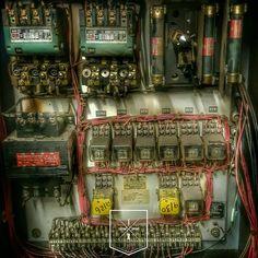 Zzzap!  IndustrialReclaim.com  #reclaim #bandsaw #industrialfurniture #modernfurniture #design #art #handmade #wire #electric #vintage #vintageindustrial #industrial #artofchi #create #industrialdesign  #interiordesign #modern #moderndesign #modernindustrial #chicago #Chicagoart #insta_chicago #chicagogram