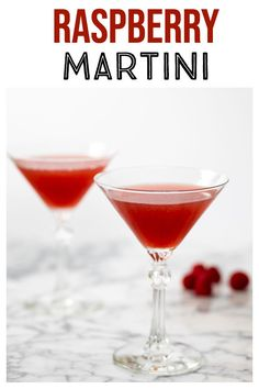 Vanilla Raspberry Martini - this pretty cocktail is so easy to make! Can use fresh or frozen raspberries for this delicious treat! This fun fruity cocktail is bursting with raspberries! With only four ingredients it's so easy to make and so delicious! Christmas Cocktails, Holiday Drinks, Party Drinks, Fun Drinks, Yummy Drinks, Alcoholic Drinks, Alcohol Drink Recipes, Martini Recipes, Cocktail Recipes