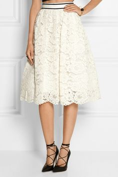 Ivory guipure lace Hook and zip fastening at back 48% cotton, 30% rayon, 22% nylon; lining: 100% cotton Dry clean