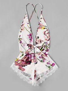 Shop Contrast Lace Trim Floral Romper online. SheIn offers Contrast Lace Trim Floral Romper & more to fit your fashionable needs.